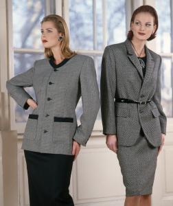 1997-től ANISSA márkakollekció tervezés. Őszi-téli modellek. (Kanizsa Ruhaipari Szövetkezet)